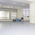ДК Стекольный - укладка линолеума, монтаж механики сцены и светового оборудования